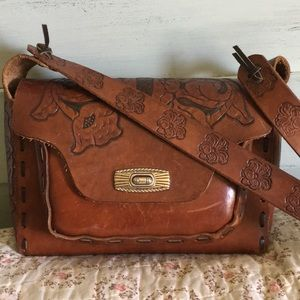 Beautiful Hand tooled Leather Purse